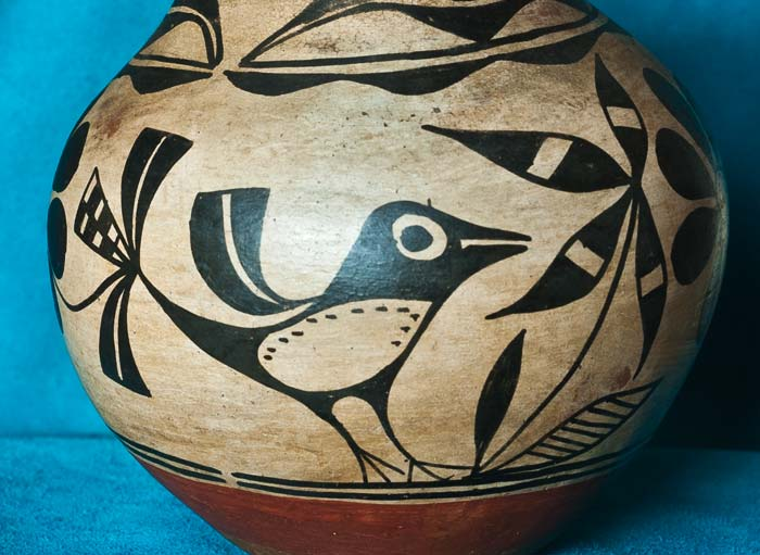 Vintage Santo Domingo Pottery Bird Jar Ed Wade Collection